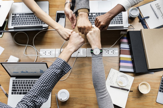 synergies place des agences place de la communication
